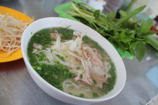 Saigon street food: Pho